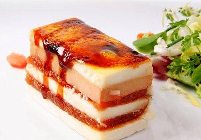 Milhojas de queso, membrillo y foie gras