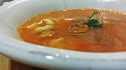 Sopa suave de marisco